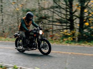 Janus Motorcycle Phoenix 250 008 Riding through the woods